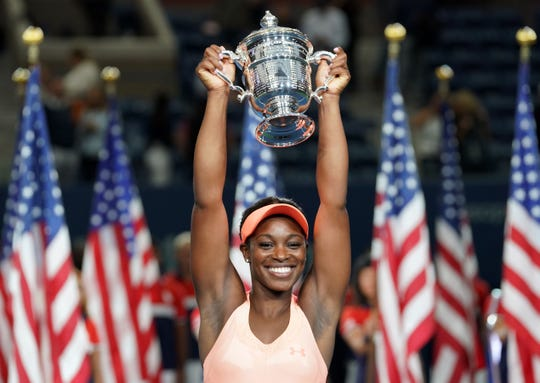 American Sloane Stephens holds up the U.S. Open trophy after he victory in 2017.