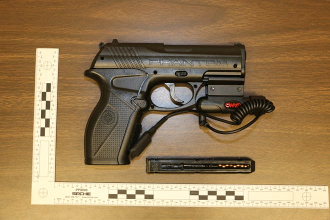 Iowa State University Police recovered multiple BB guns after receiving reports of armed individuals near a university apartment complex, said university police information officer Anthony Greiter.