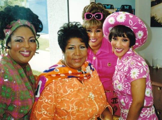 Aretha Franklin with gospel group Ridgeway Sisters