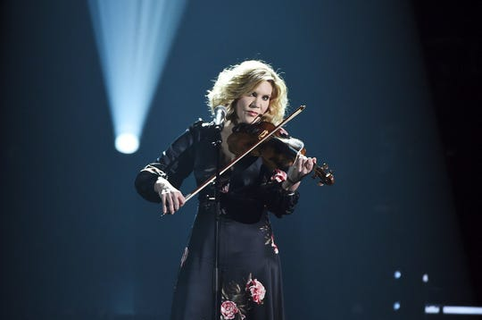 Alison Krauss will perform Sept. 15 at Clowes Hall.