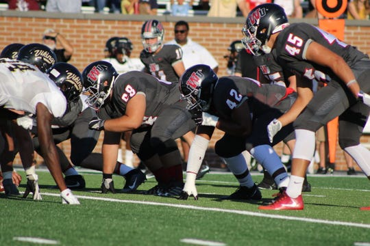 Indiana Wesleyan football during a scrimmage.