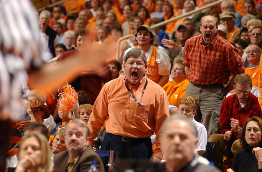 R.B. Summitt, the former husband of Tennessee women's basketball coach Pat Summitt, expresses his objection over a call that went against the Lady Vols in a game against. UConn during a game in Knoxville, Tenn., in 2004.
