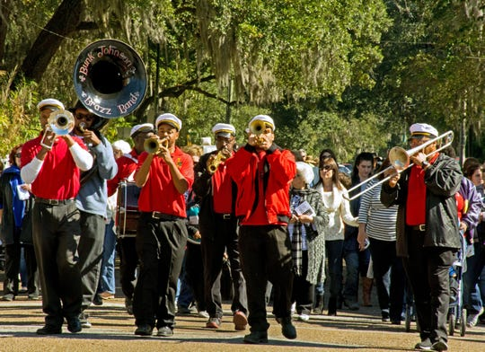 New Iberia Beneath The Balconies Bunk Johnson Brass Band