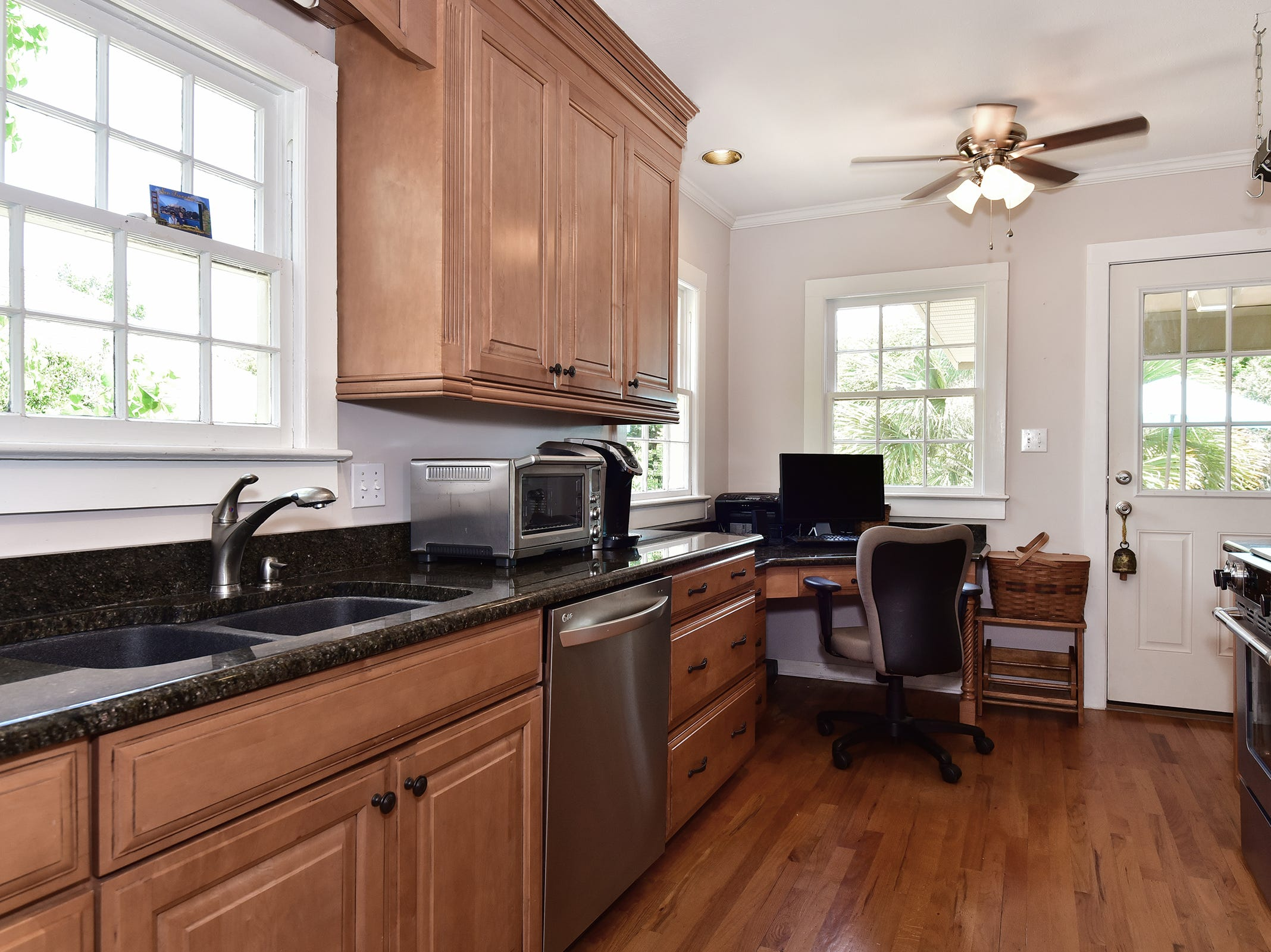 1812 Magnolia Avenue, natural light illuminates the kitchen.