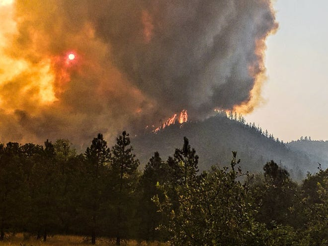 The Ramsey Canyon Fire grows near Gold Hill in Southern Oregon.