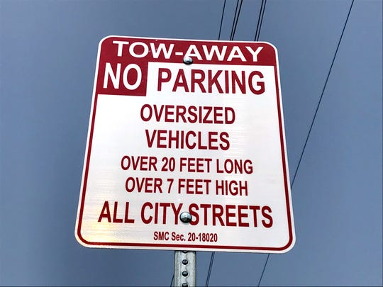 The City of Salinas has posted signage regarding the oversized vehicles ordinance.