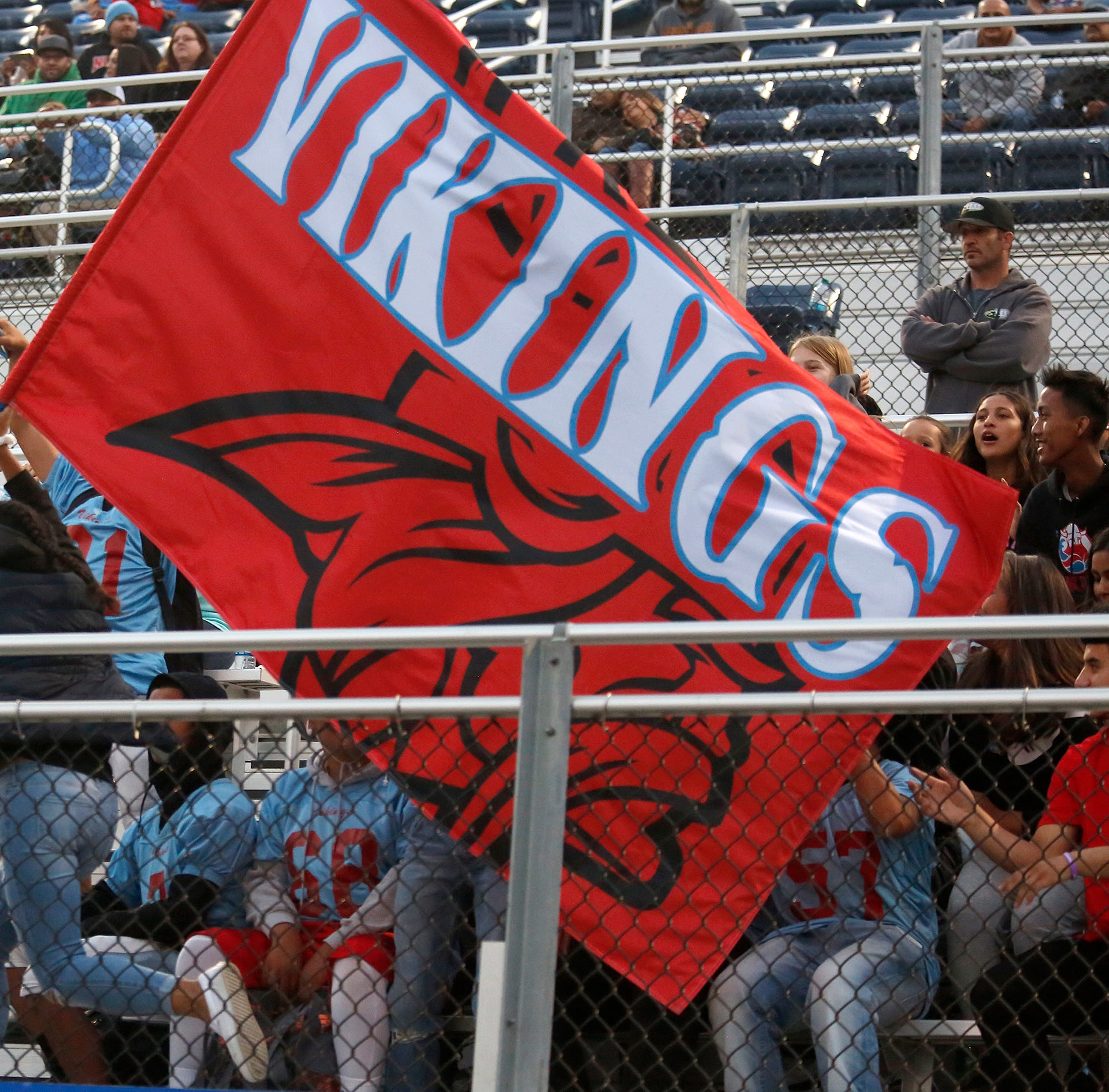 North Salinas community mourns passing of football coach