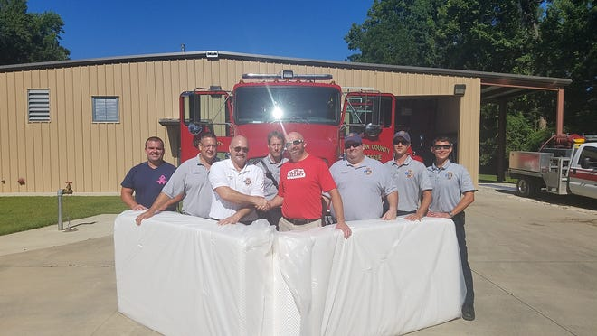The Sleep Gallery in Tallahassee donated over $20,000 in Tempurpedic mattresses to first responders.