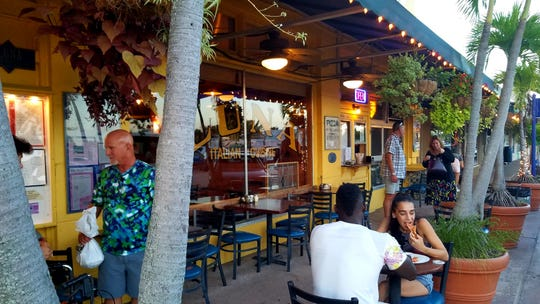 Outside dining area at Luna Italian Cuisine in downtown Stuart.