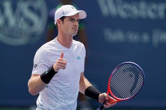 2018-8-24-andy-murray-thumbs