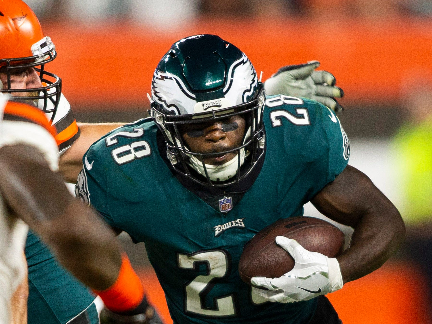 Philadelphia Eagles running back Wendell Smallwood runs the ball against the Cleveland Browns during the first quarter at FirstEnergy Stadium.