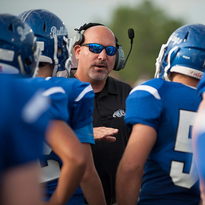 Kevin Sipes steps down as Crestline football coach after getting program 'back on track'