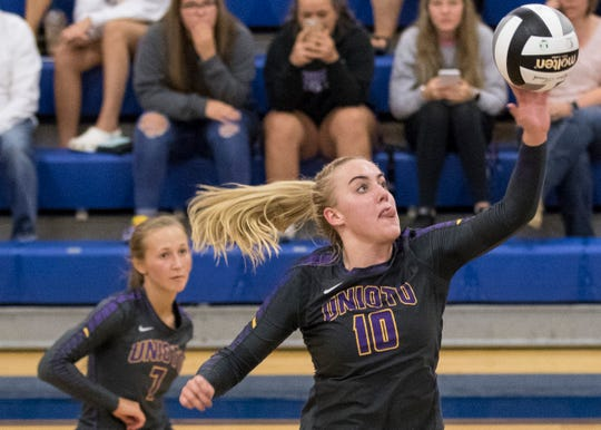One-seeded Unioto will play eight-seeded River Valley for the sectional semifinal Oct. 17 at 6 p.m.