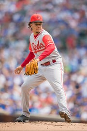 Aug 25, 2018; Chicago, IL, USA; Cincinnati Reds starting pitcher Luis Castillo (58) pitches during the first inning against the Chicago Cubs at Wrigley Field. Mandatory Credit: Patrick Gorski-USA TODAY Sports