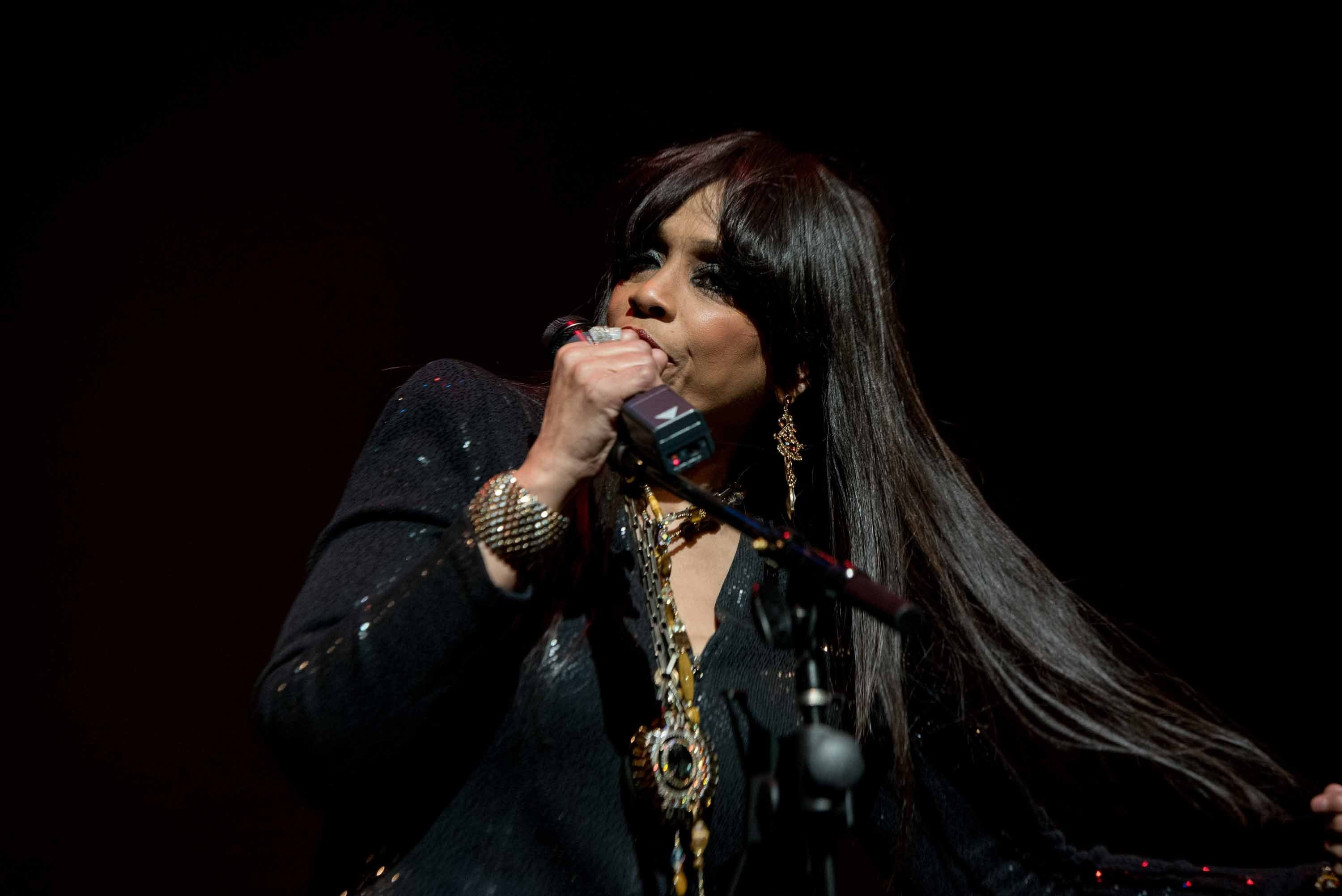 Vickie Winans closes the show by performing
