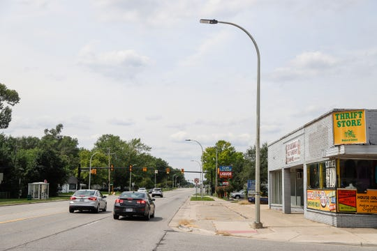 Streetscape of 9 Mile Road between Coolidge Highway and Rosewood Street in Oak Park, Friday, August 24, 2018.