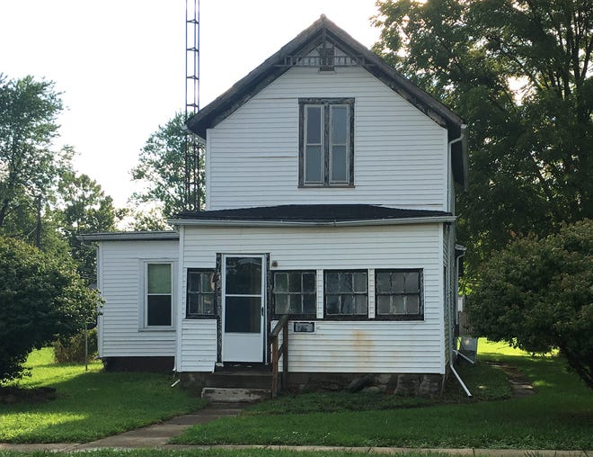 This house at 1012 Dickinson St. in Fremont sold for $17,500 on Aug. 13, 2018.