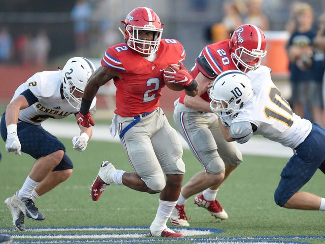 Prep's Jerrion Ealy (2) turns upfield against Washington on Friday, Aug. 24, 2018, at Jackson Prep in Flowood, Miss.