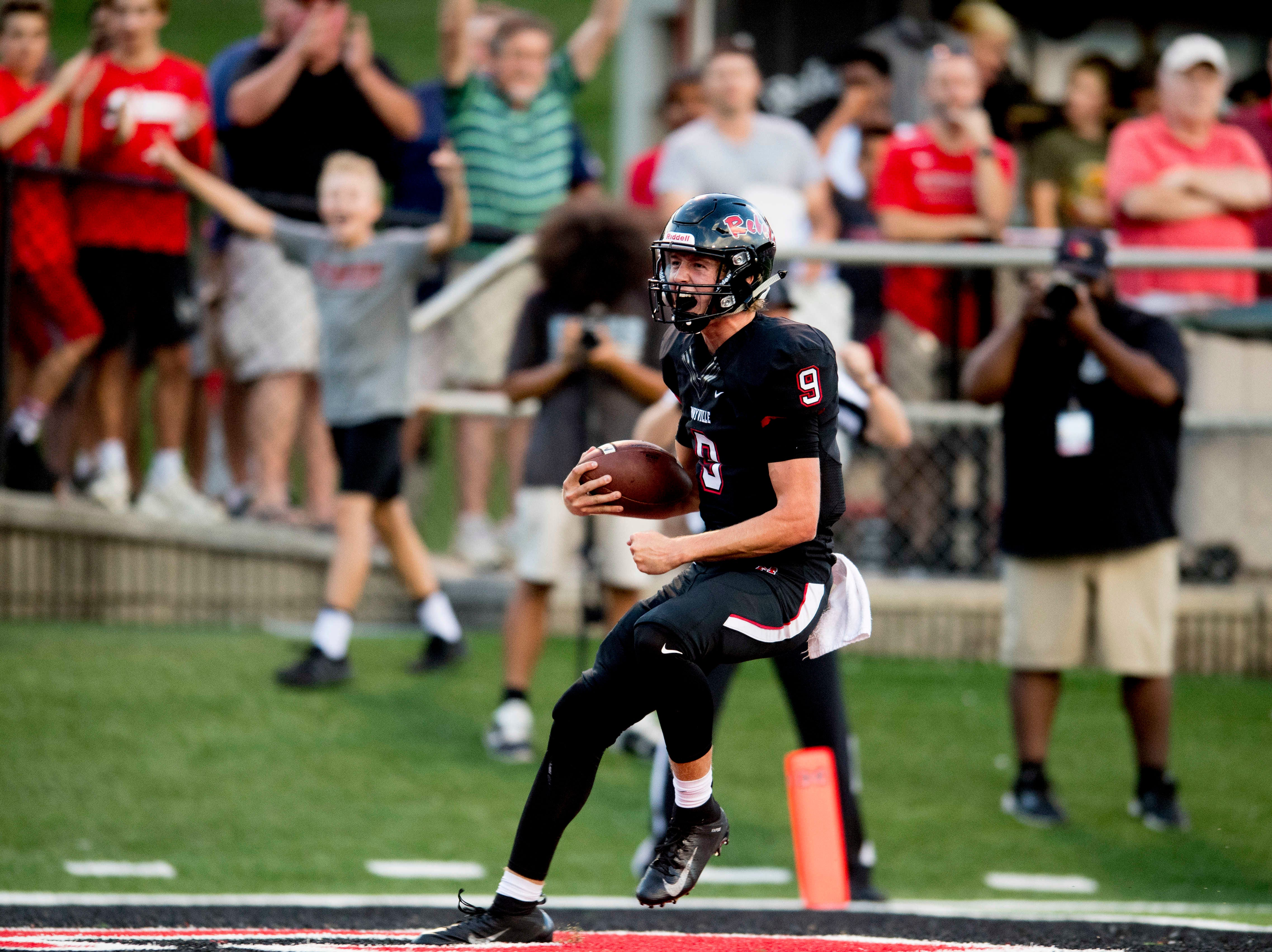 Maryville's Cade Chambers (9) runs into the end zone for a touchdown during a football game between Maryville and Oakland at Maryville High School in Maryville, Tennessee on Friday, August 24, 2018.
