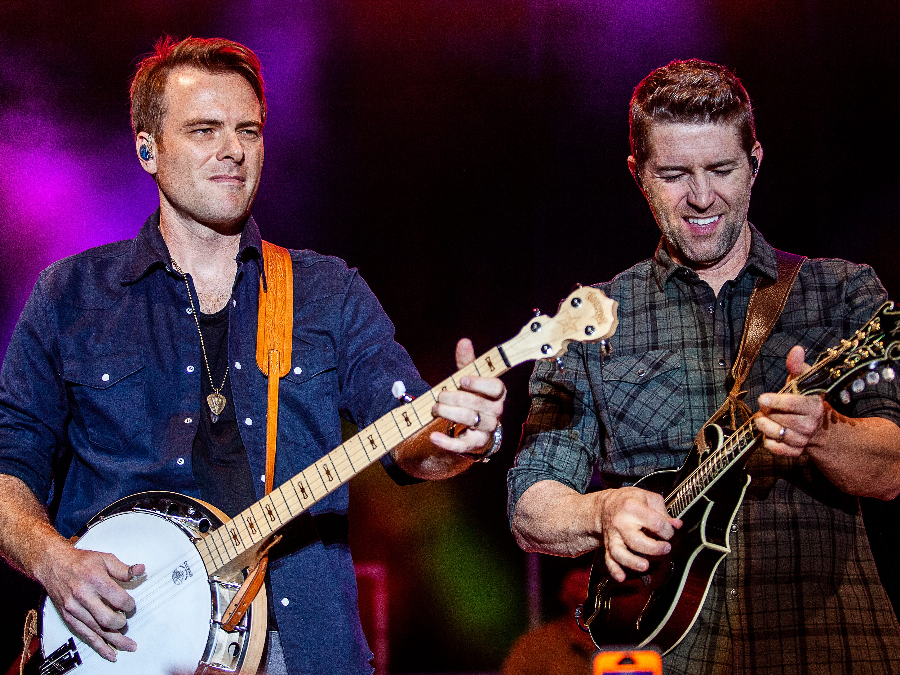 Josh Turner, right, performs at the Kentucky State Fair on Friday, August 24, 2018.
