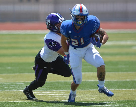 Chase Chaloupek and the Las Cruces Bulldawgs face Oñate Friday night at the Field of Dreams.