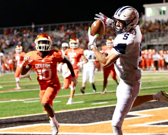 West York's Andrew LaManna catches a pass for a two-point conversion against Central York at Central York High School in Springettsbury Township, Friday, Aug. 24, 2018. Central York would win the game 38-14. Dawn J. Sagert photo