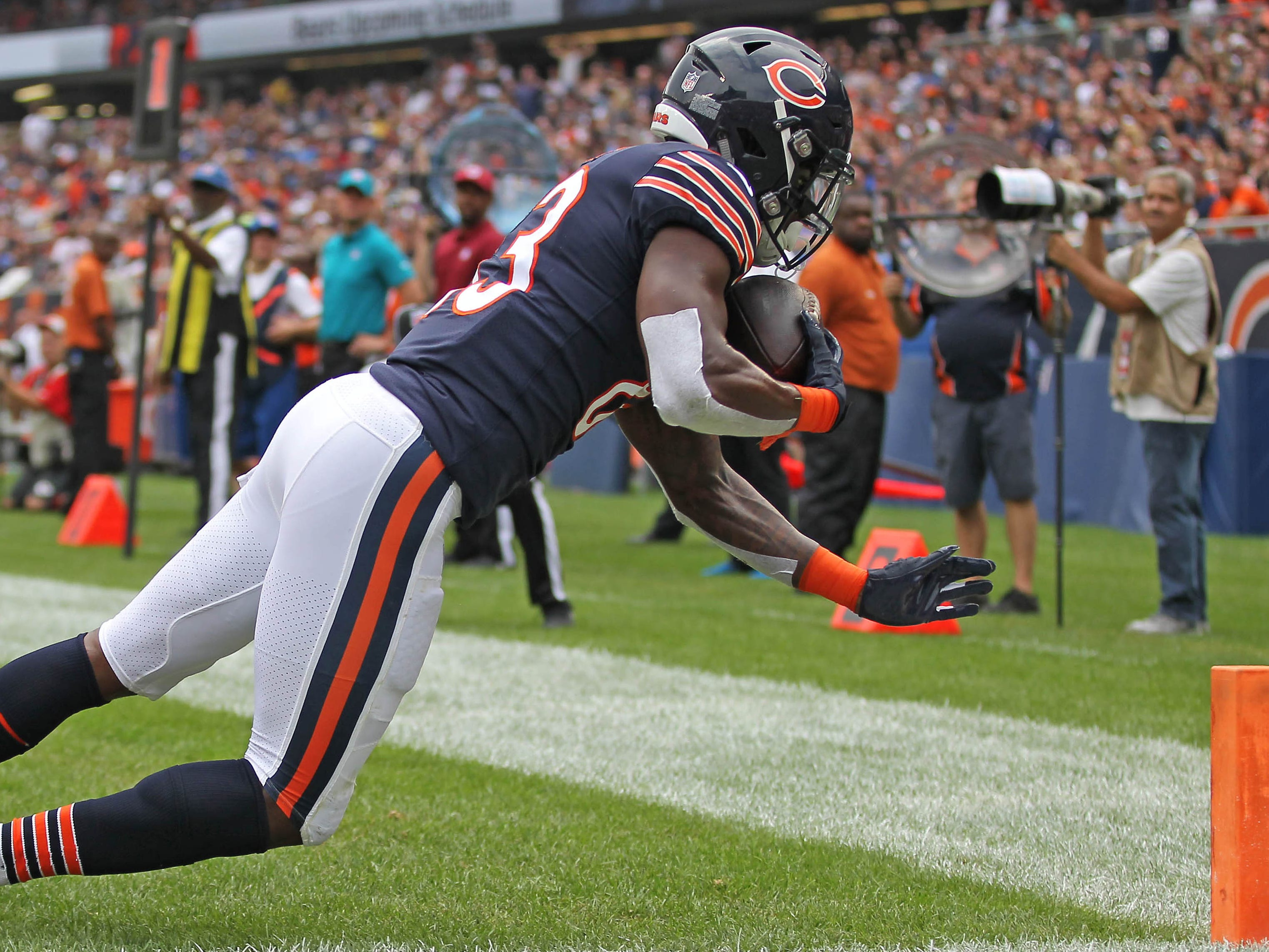 Chicago Bears wide receiver Javon Wims catches a touchdown pass during the first half against the Kansas City Chiefs.