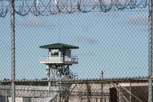 Ap Prison Riot A Usa Sc