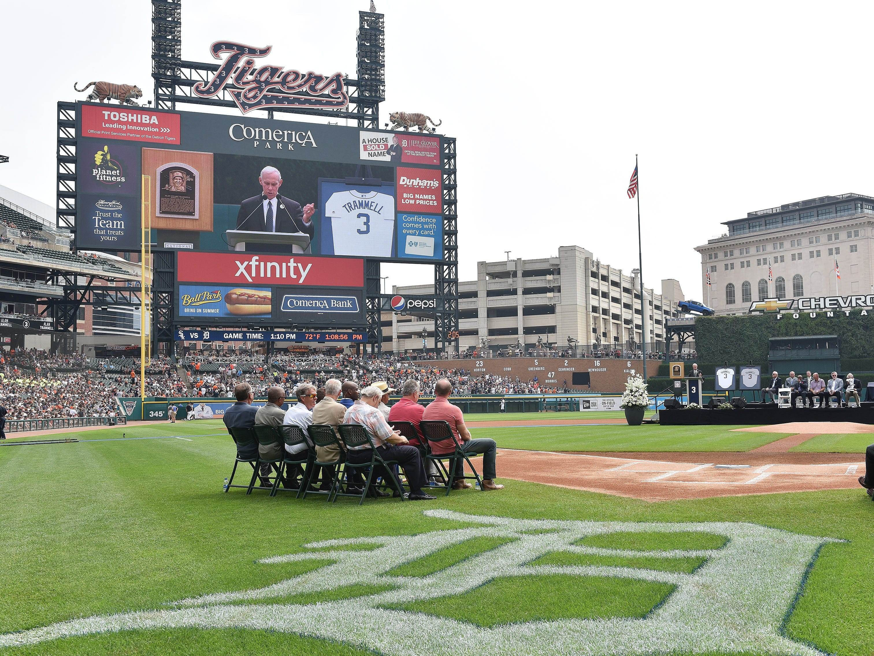 Alan Trammell speaks during a special pregame ceremony to retire his number.