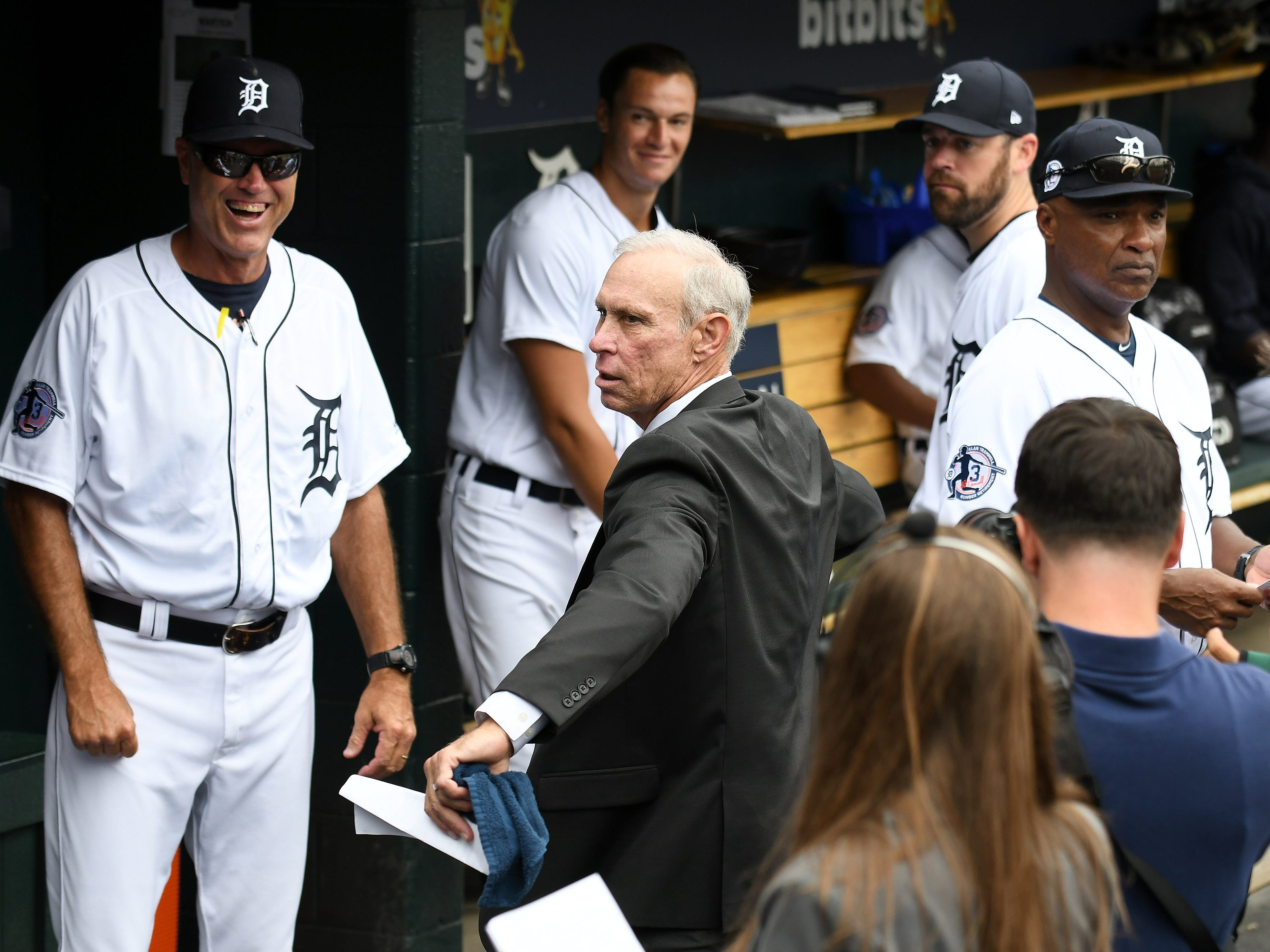 Alan Trammell gets loosened up for the ceremonial first pitch.