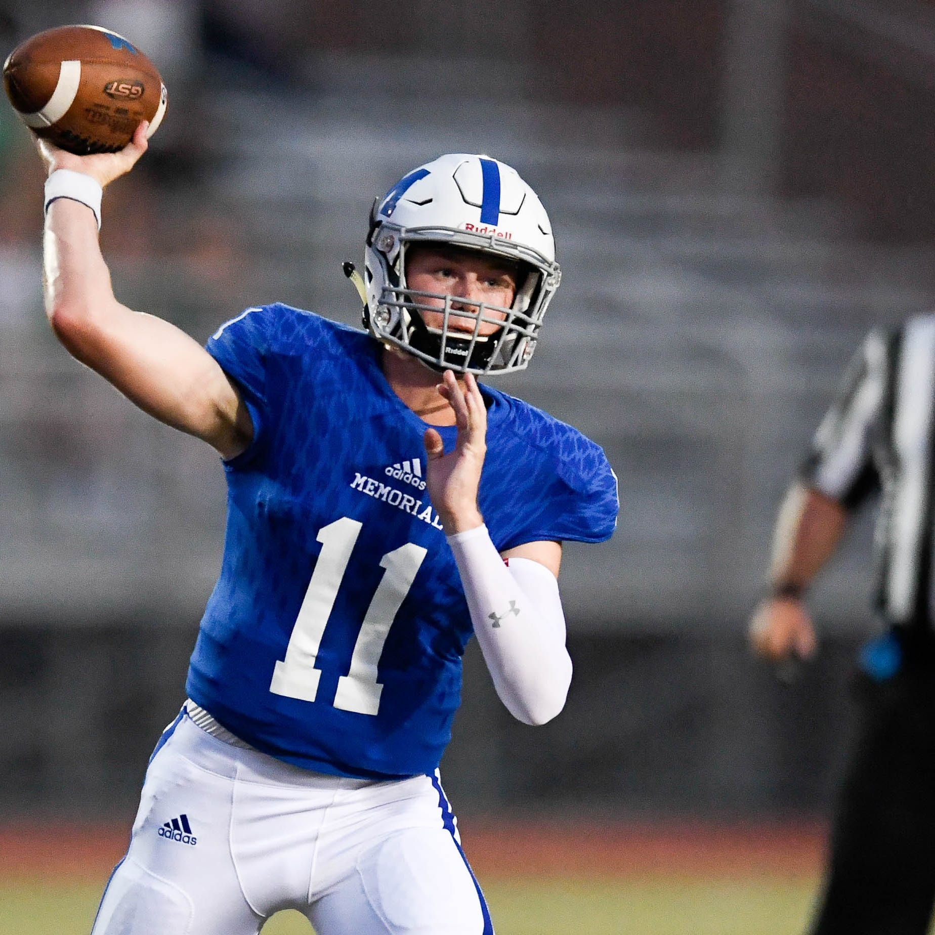Memorial quarterback Michael Lindauer commits to University of Cincinnati