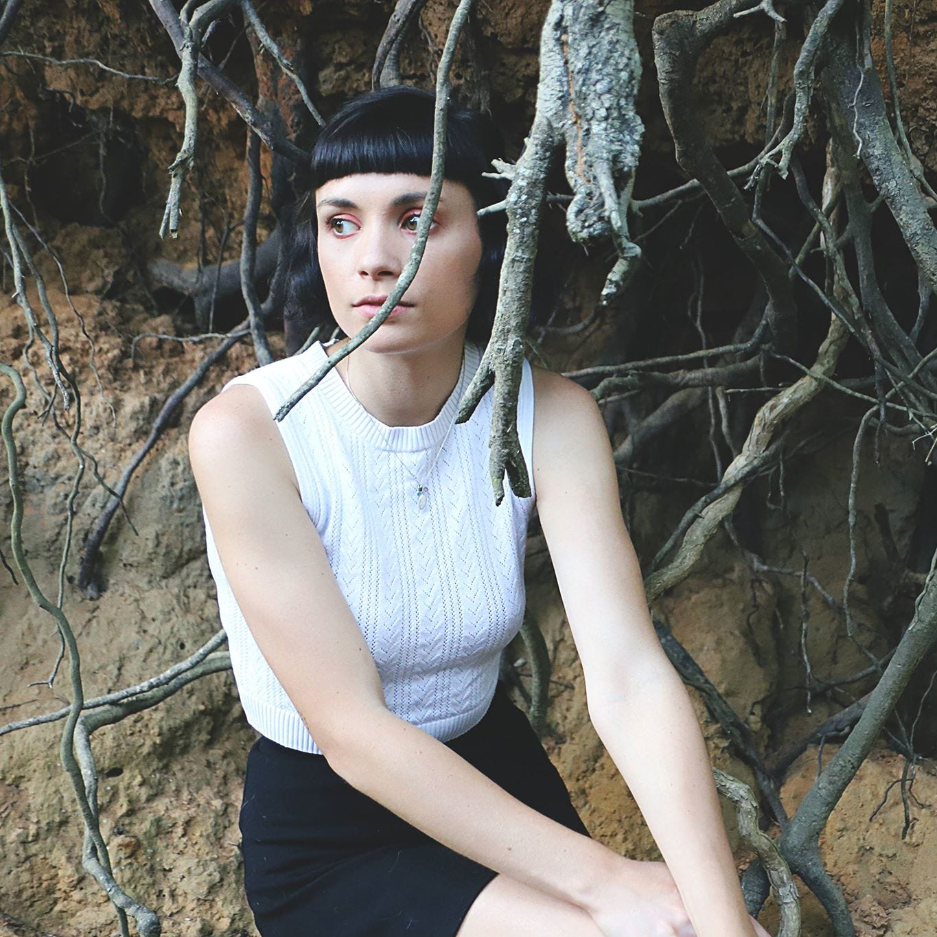 See Thru Girl: An inside look on Thrin Vianale and her band, winded