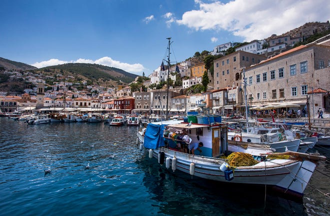 The port at Hydra.