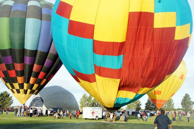 The Solitaire Homes Hot-Air Balloon Mass Ascension lifted off o Saturday with near-perfect weather.