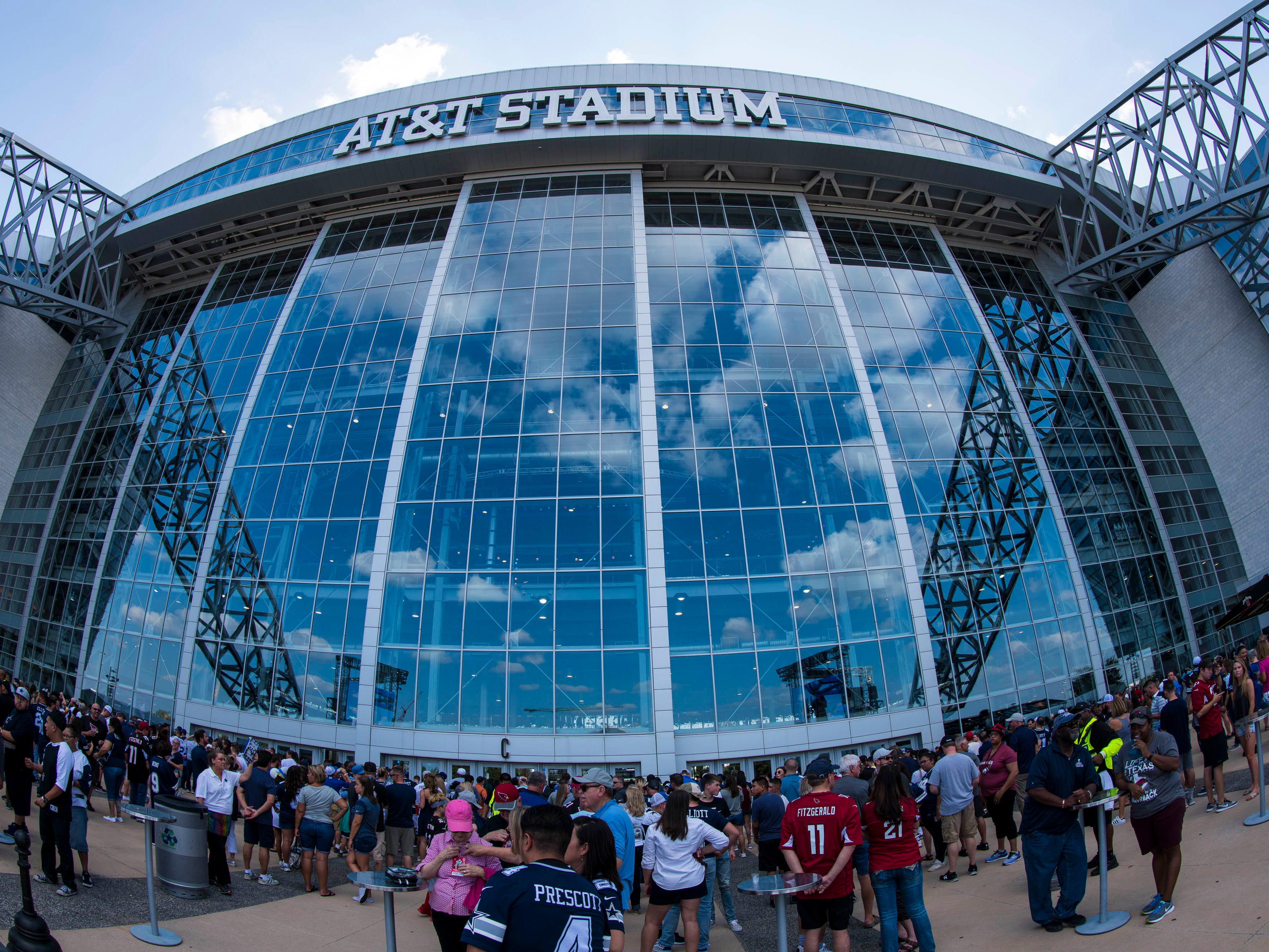 Aug 26, 2018; Arlington, TX, USA; A view of the fans waiting to enter the stadium before the game between the Dallas Cowboys and the Arizona Cardinals at AT&T Stadium. Mandatory Credit: Jerome Miron-USA TODAY Sports