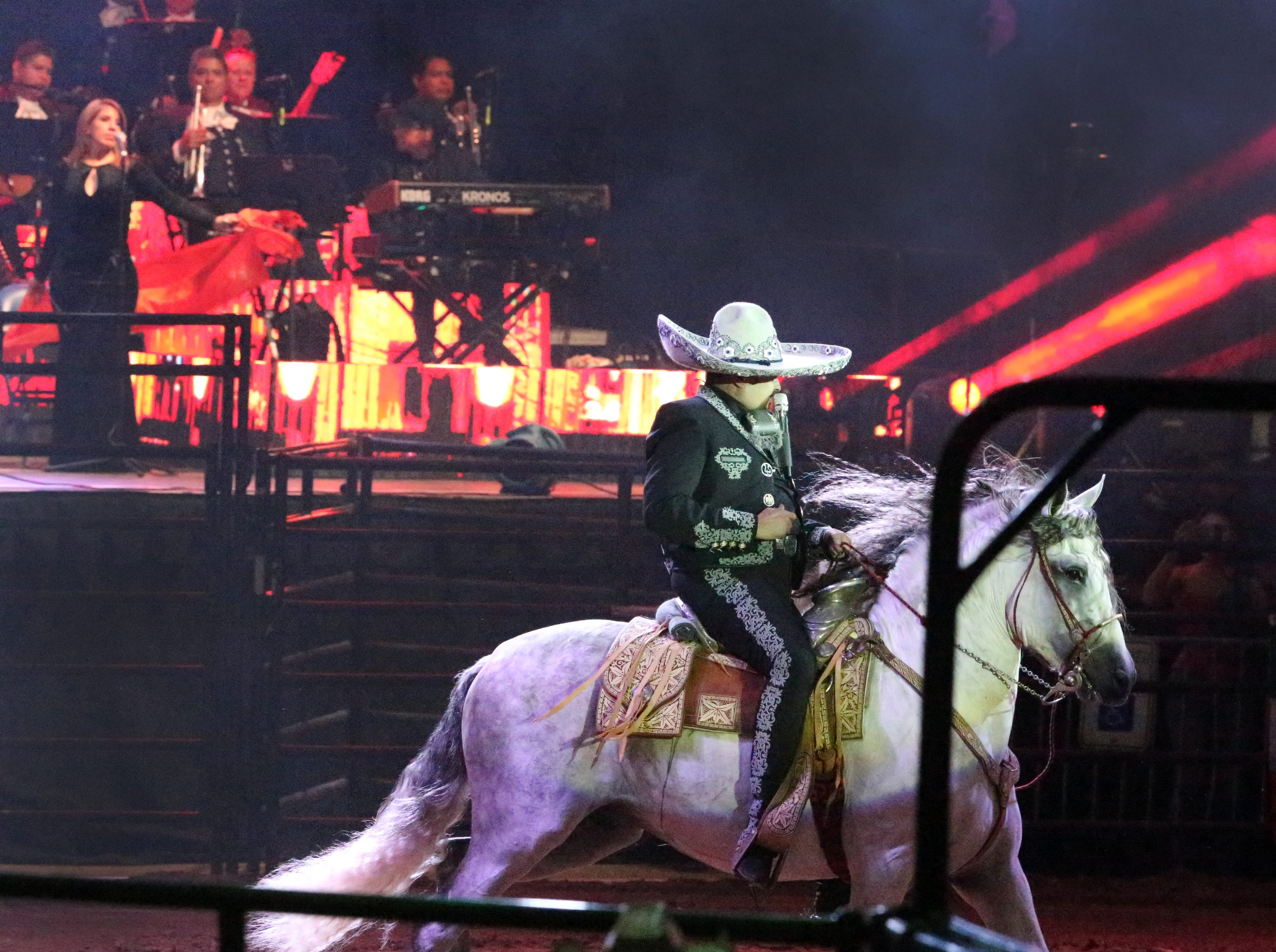 Pepe Aguilar sings to a sold out crowd on horseback during his 'Jaripeo Sin Fronteras' show Saturday in the El Paso County Coliseum.