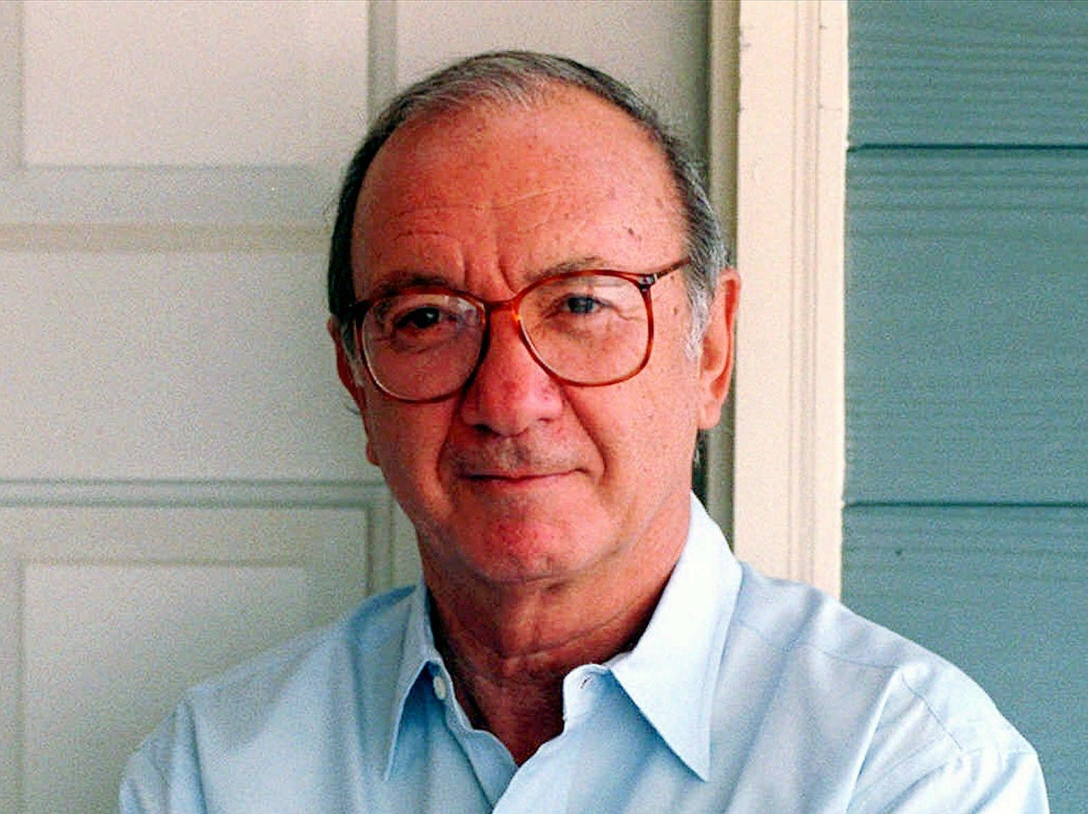 FILE--Playwright Neil Simon, shown in this April 1997 file photo, says all the experience writing TV, movie and Broadway hits doesn't make his work any easier.  ``Maybe the first draft you think is easier,'' he said recently. ``But after you're up to the eighth draft, you think, `I've got to plug up all these holes.'' Simon has a new play, ``Proposals,'' which premiered in Los Angeles this week. (AP Photo/Monty Davis, File)