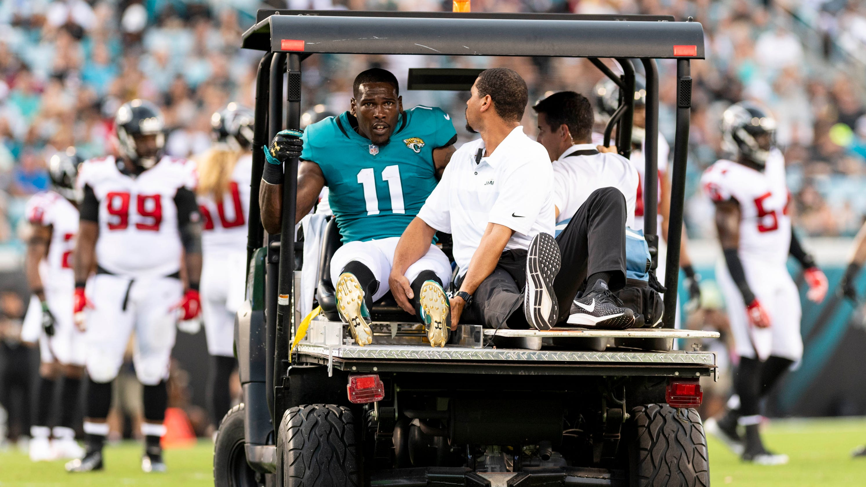 Jaguars  Marqise Lee suffers gruesome knee injury against Falcons f244e3604