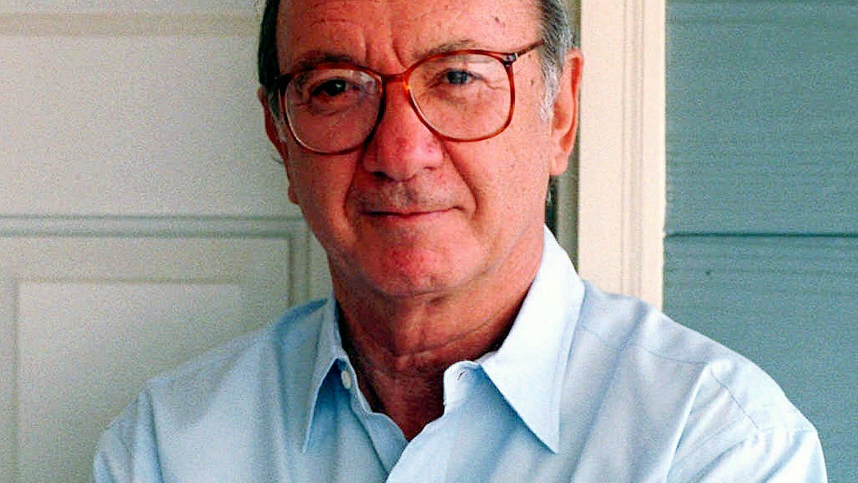 Neil Simon, who wrote 'The Odd Couple' and 'Sweet Charity,' dies at 91
