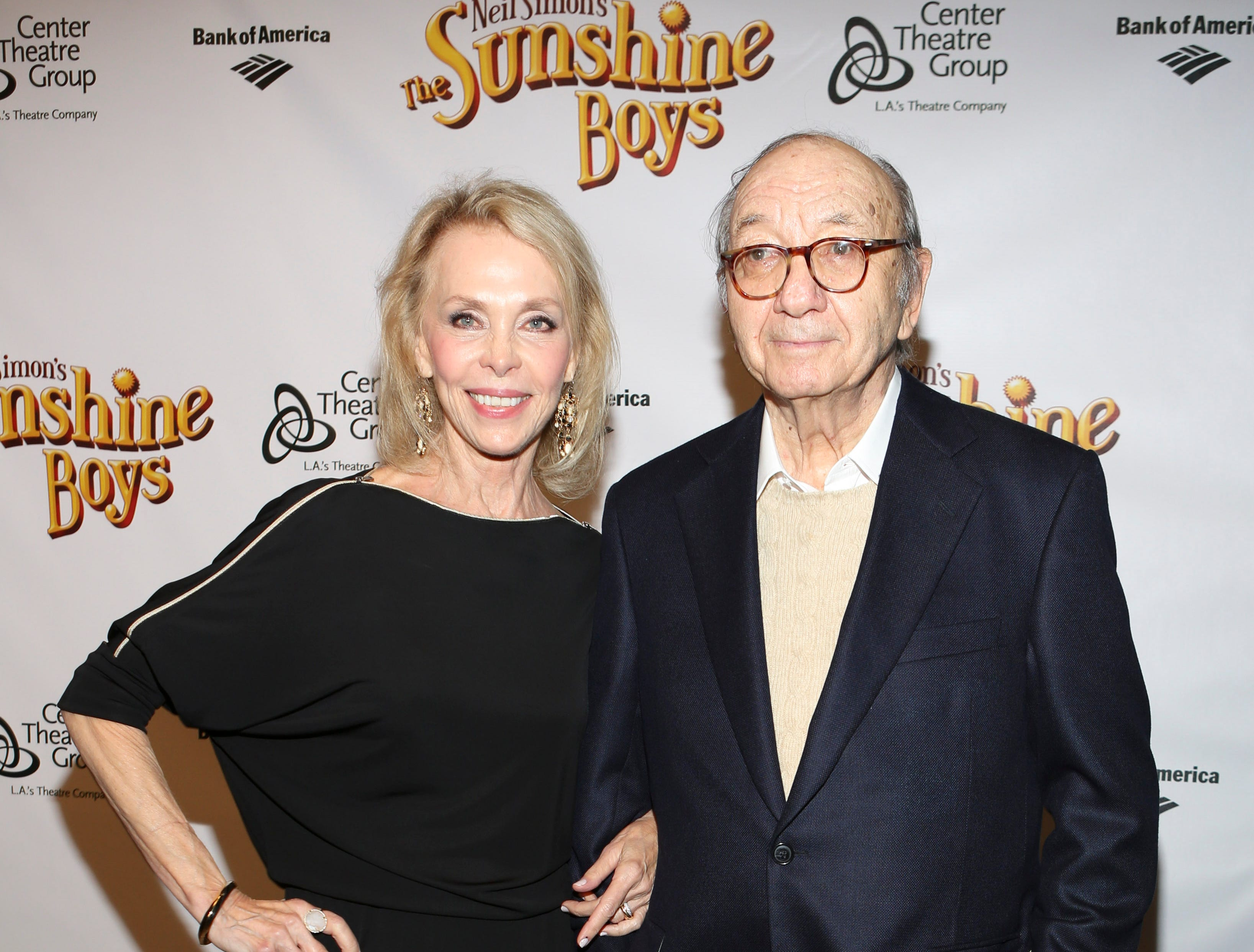 "From left, Elaine Joyce and Playwright Neil Simon pose during the arrivals for the opening night performance of Neil Simon's ""The Sunshine Boys"" at Center Theatre Group/Ahmanson Theatre on Wednesday, October 2, 2013, in Los Angeles, Calif. (Photo by Ryan Miller/Invision/AP)"