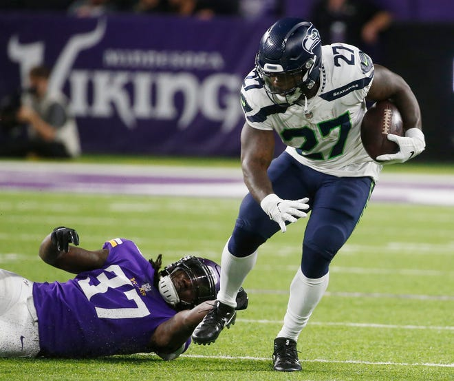 Mike Davis was the Seahawks' starting running back for much of last season, but he stands to get cut this year.