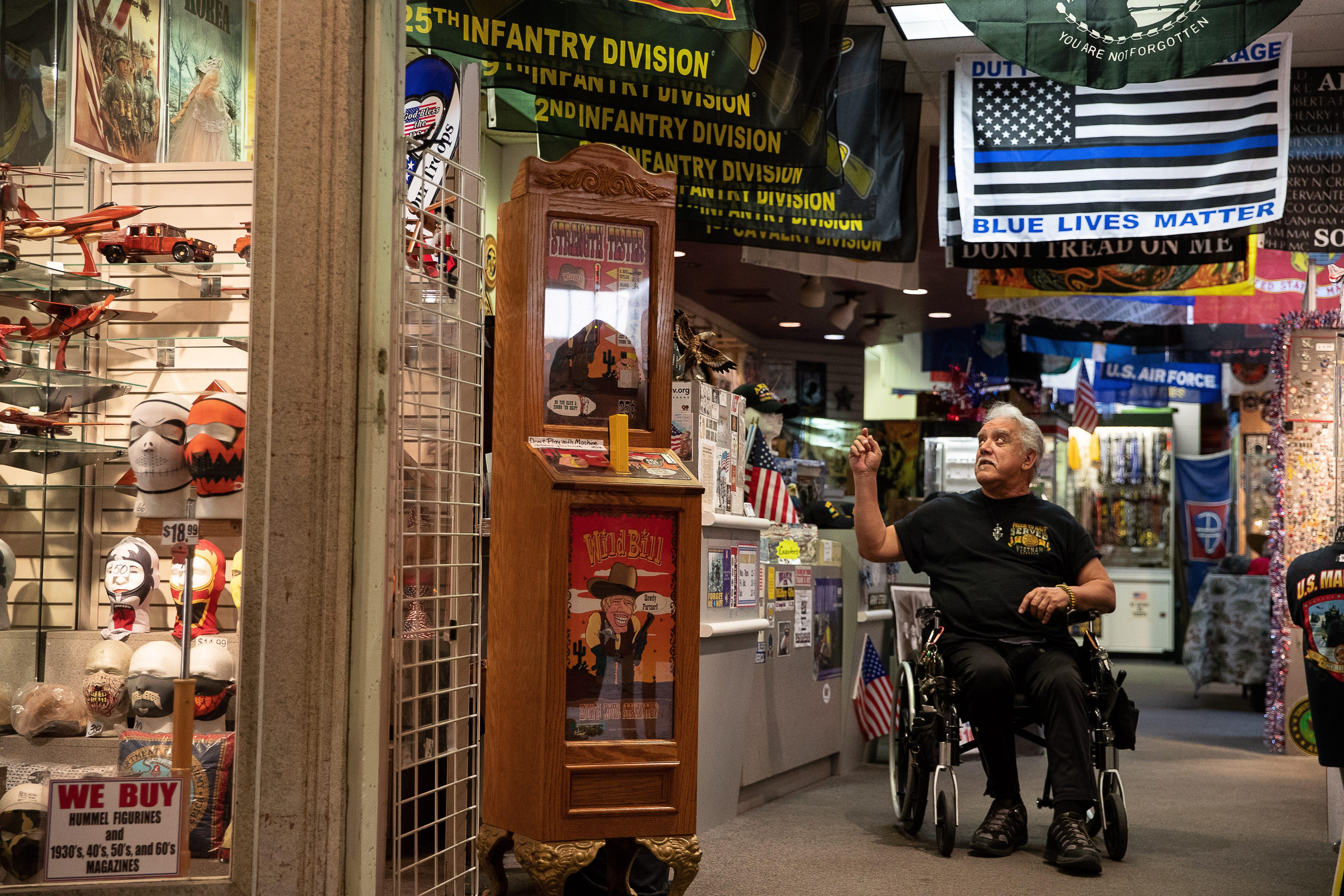 Military Memorabilia Store The Latest To Leave Dead Sunrise Mall