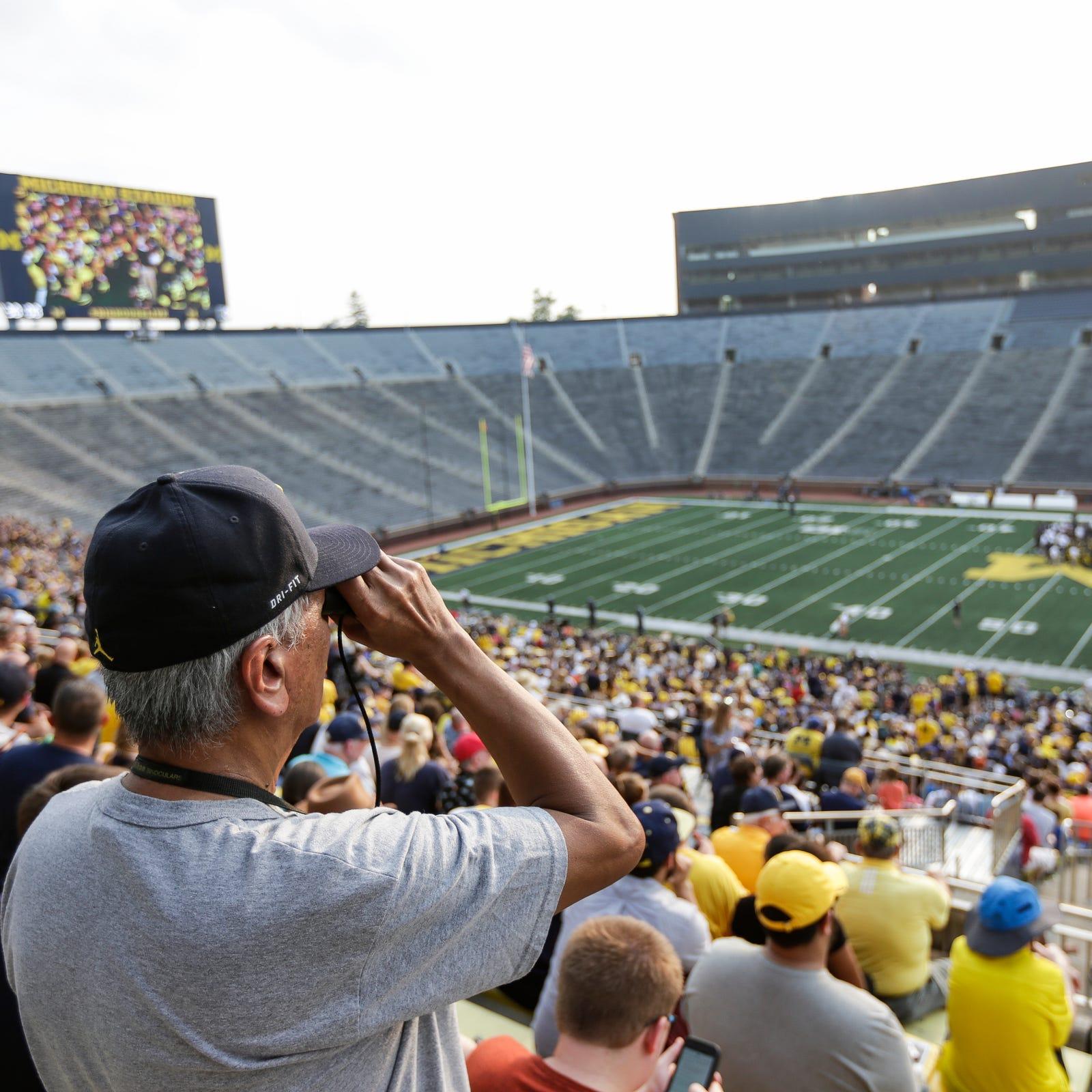 Michigan football loses at Notre Dame, MSU rolls: Seidel's picks