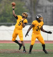Detroit King quarterback Dequan Finn