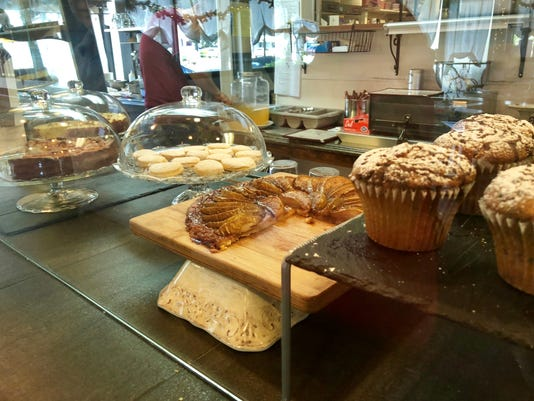 Colleoni's Eatery Bakery Fort Myers
