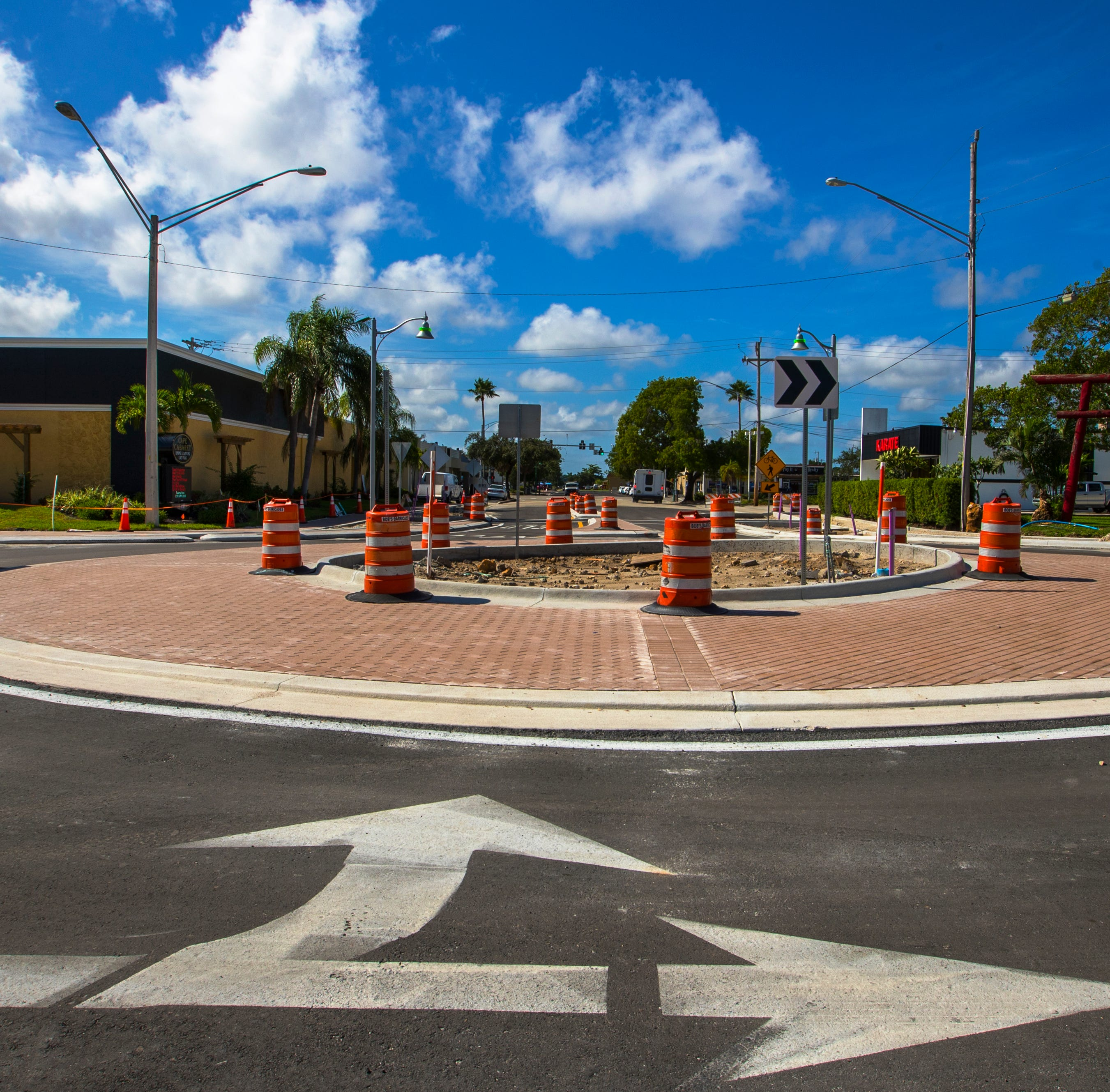Roundabout eyed to ease busy Gateway intersections, but some fear confusion