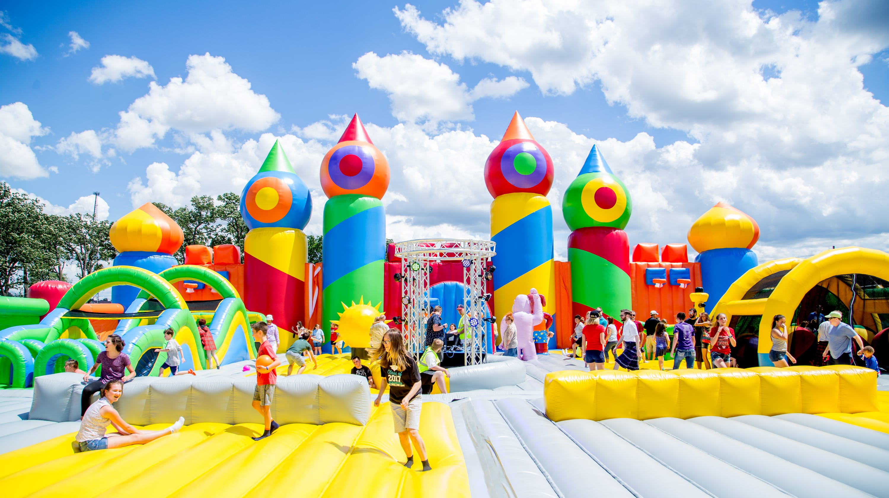 46a7c70ee492 Big Bounce America s biggest bounce house coming to Indianapolis