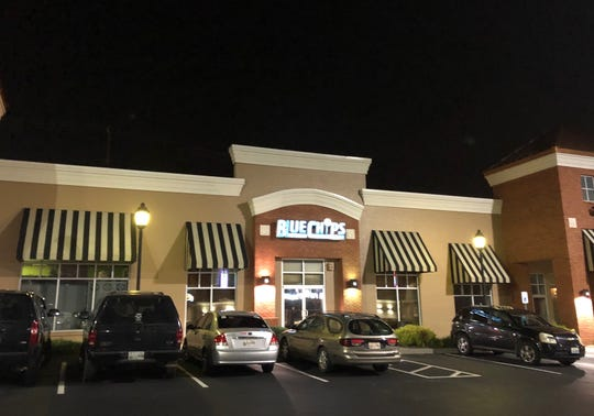 Bluechips Sports Pub and Grill
