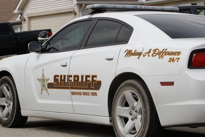 Tippecanoe County sheriff's deputies investigated two fatal car accidents Saturday.