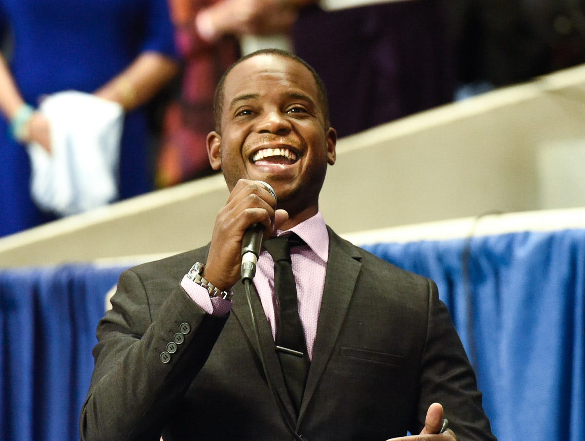 Benjamin Morelock sings the National Anthem at the World's Championship Horse Show